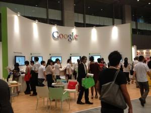 タグマネージャーなどをビデオで紹介するGoogleブース